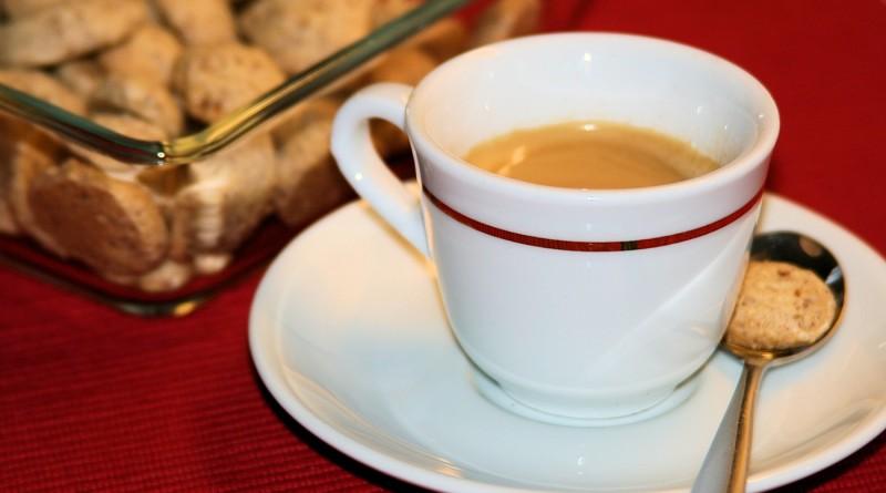 Amaretti – italienische Mandelmakronen
