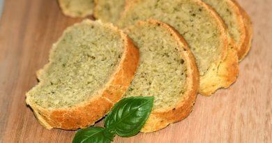 Basilikum-Brot