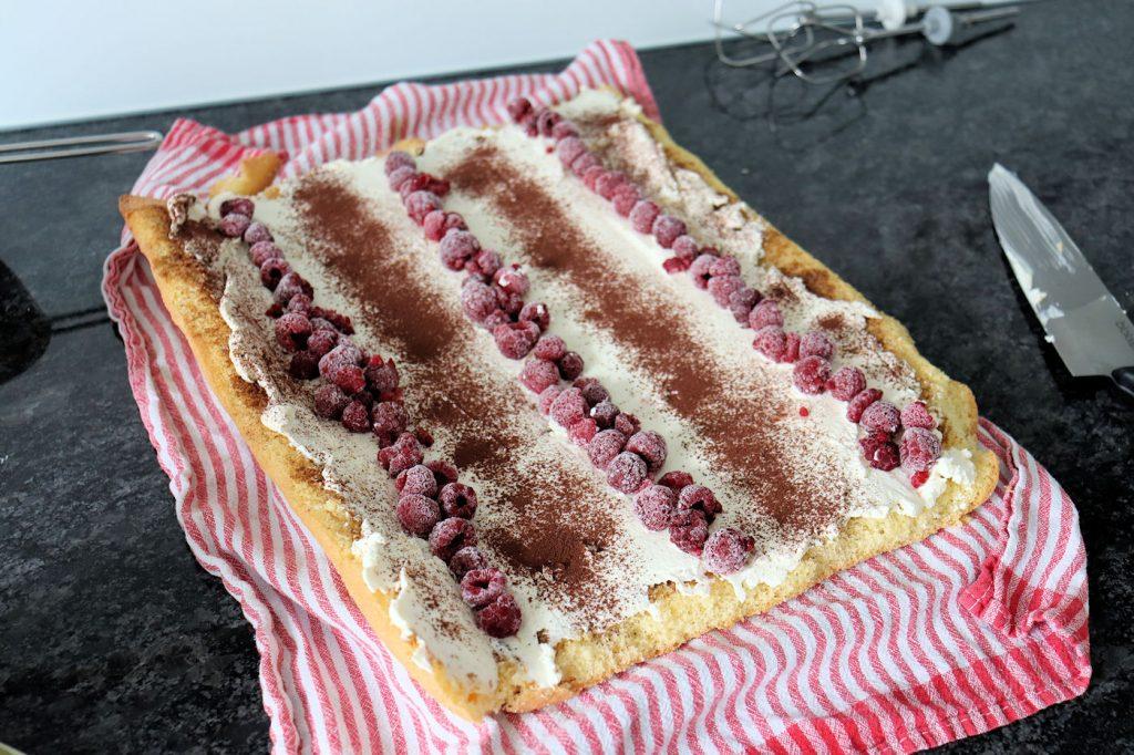 Zubereitung Biskuit-Roulade